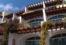 Ixchel Beach Hotel exterior
