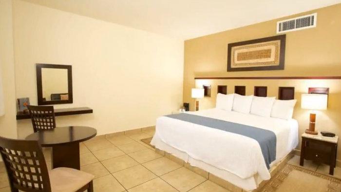 Ixchel Beach Hotel habitaciones