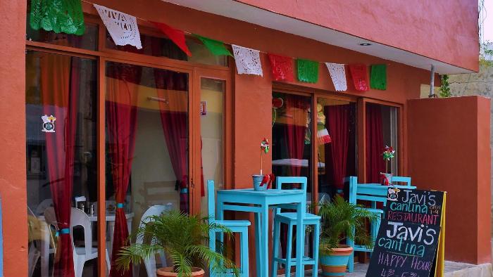 Javis Cantina Restaurant Isla Mujeres