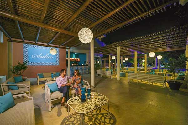 Areas comunes del hotel privilege aluxes en Isla Mujeres