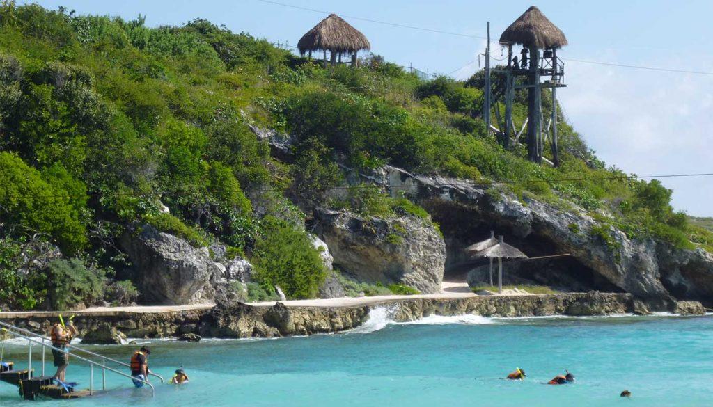 Playa en parque nacional garrafon